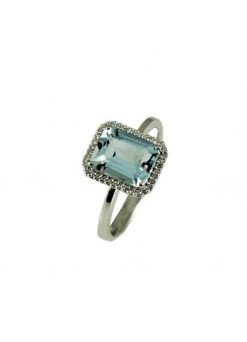 anillo de oro blanco con diamantes y aguamarina