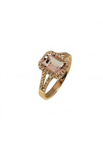anillo de oro rosa con diamantes y morganita