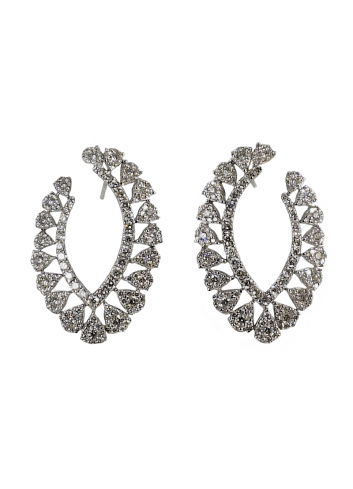 pendientes modernos de oro blanco y diamantes